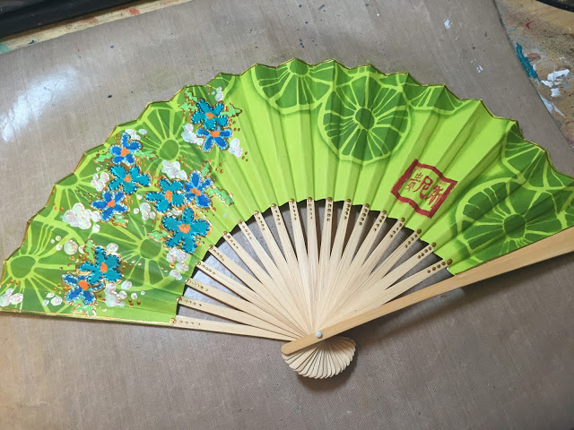 August 2015 StencilClub - Stenciled Fan - Gwen Lafleur