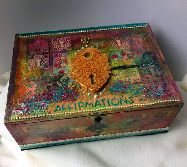 Jan 2018 StencilClub - Mixed Media Box - June Pfaff Daley