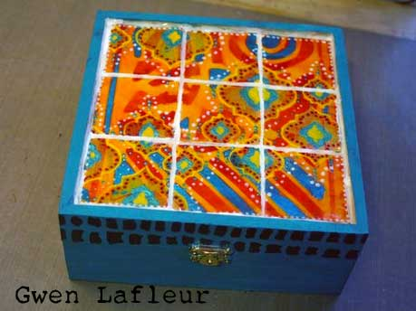 Stenciled Faux Tiles Tutorial by Gwen Lafleur